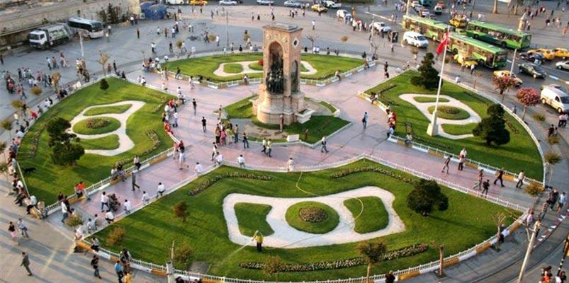 تکسیم معروف ترین میدان شهر استانبول