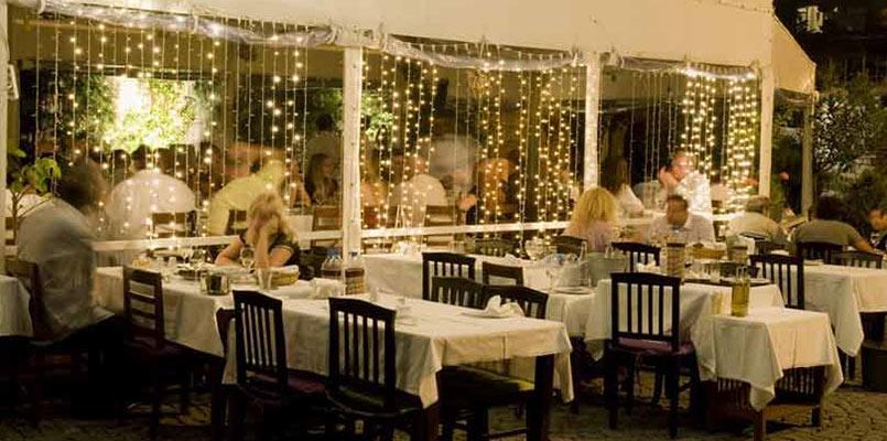 رستوران بالاکان سرو غذاهای دریایی استانبول