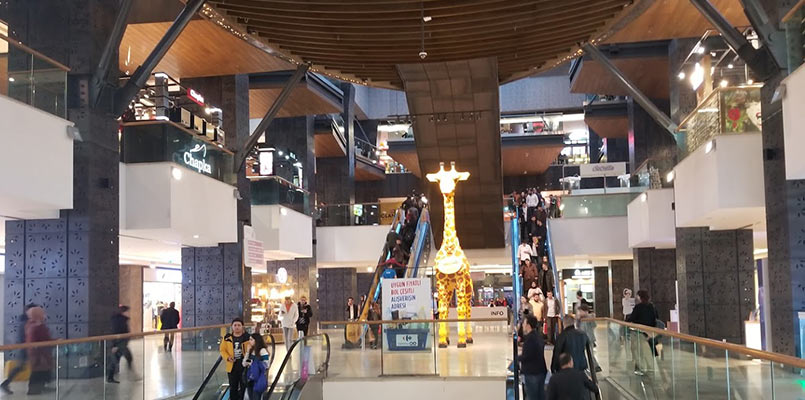 برندهای معروف استانبول در مرکز خرید فروم