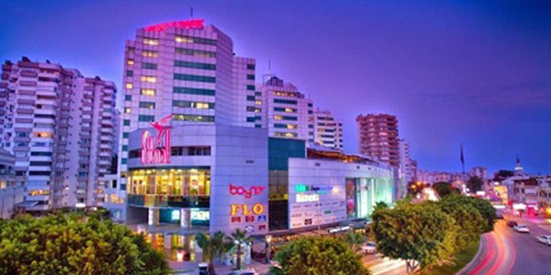 مرکز خرید شی مال در شهر آنتالیا