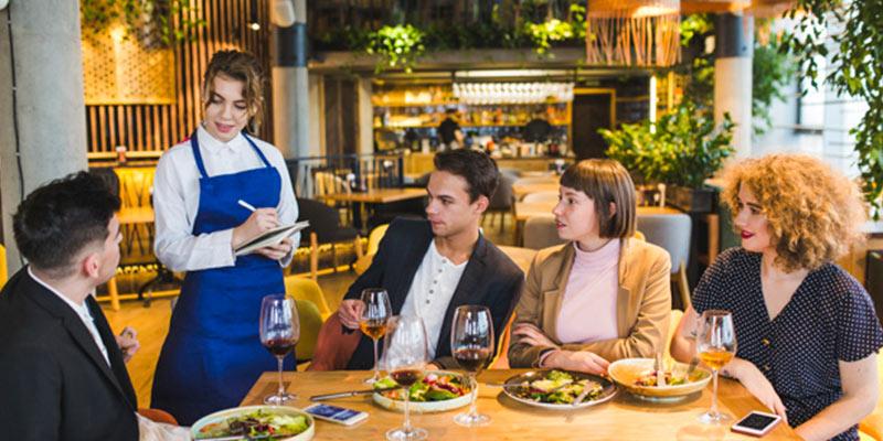 پیزریا وندیک بهترین رستوران در شهر ازمیر ترکیه