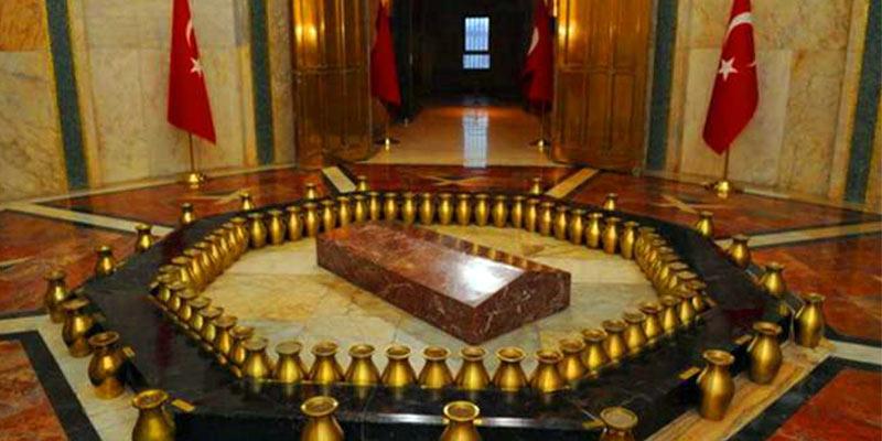 نمای داخلی از مقبره آتاتورک آنکارا