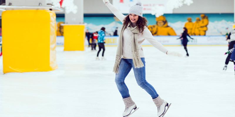 پاتیناژ یا رقص بر روی یخ در شهر آنکارا