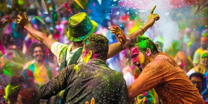 فستیوال رنگ آتتالیا کجاست