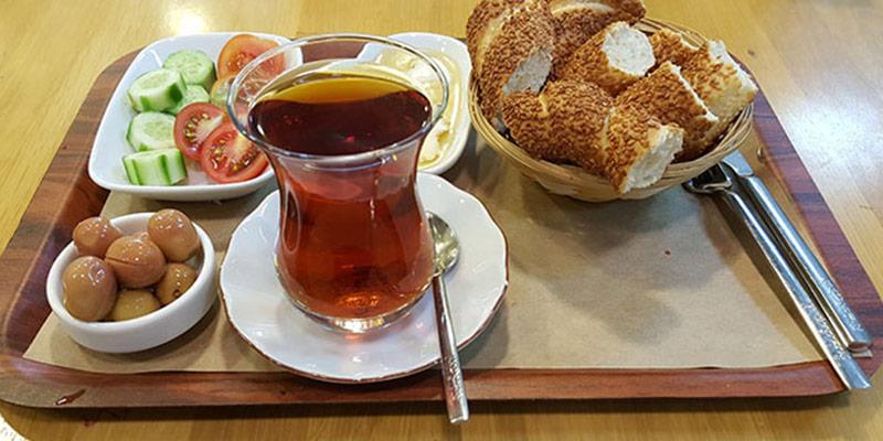 سیمیت٬ بهترین و خوشمزه ترین نان ترکیه