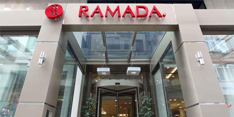 هتل رامادا مرتر نزدیک به تکسیم