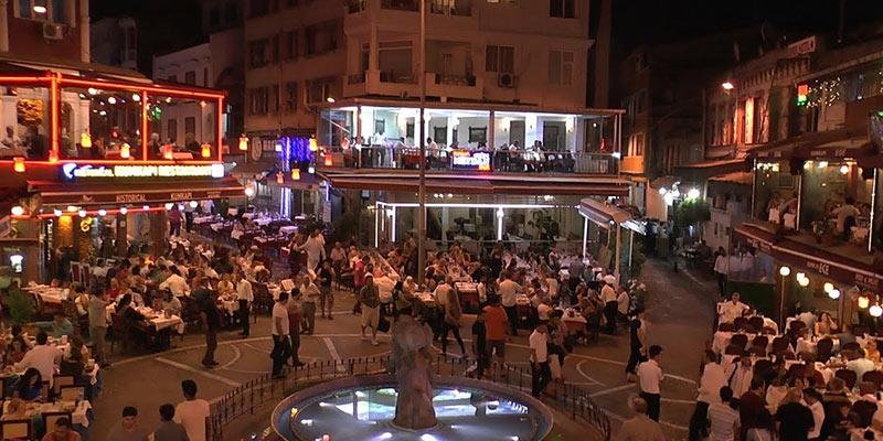 محله Kumkapi- یکی از بهترین جاهای دیدنی استانبول در شب