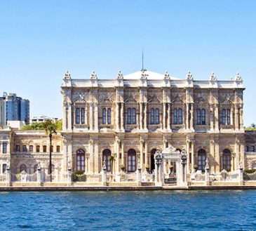 کاخ دلما باغچه استانبول