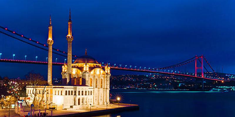 مسجد اورتاکوی٬ دیدنی ترین مکان در استانبول ترکیه