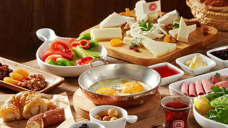 کافه های زنجیره ای سیمیت سارای استانبول