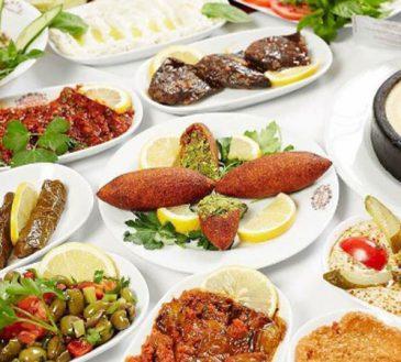 بهترین رستوران های اطراف میدان تکسیم