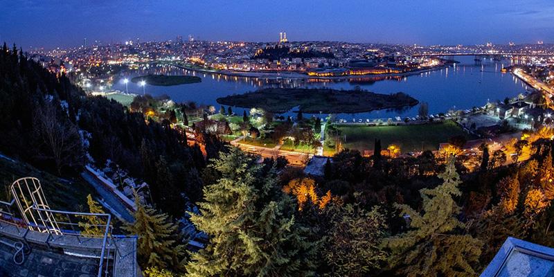 نمای بینظیر بام استانبول