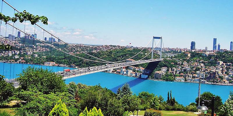 تصویر پل بغاز از بام استانبول