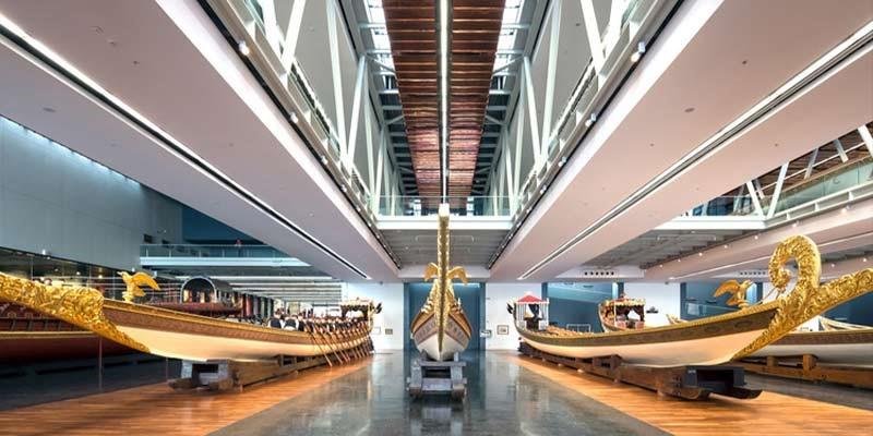 موقعیت مکانی موزه نیروی دریایی