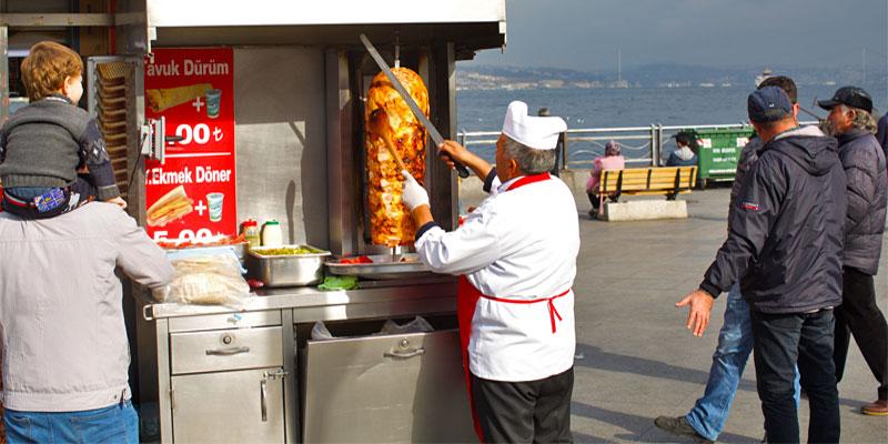 آشنایی با غذاهای خیابانی استانبول