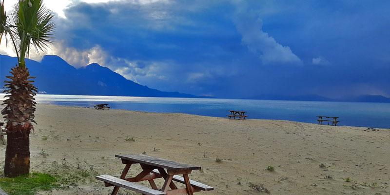 ساحل عاشقانه کوش آداسی، ساحلی مناسب تغریح با امکانات رفاهی کامل