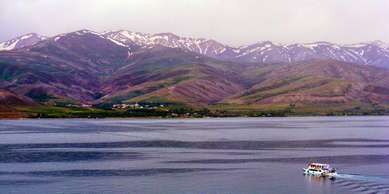 جزیره آختامار وان ترکیه، جزیرهای تاریخی با طبیعتی چهارفصل