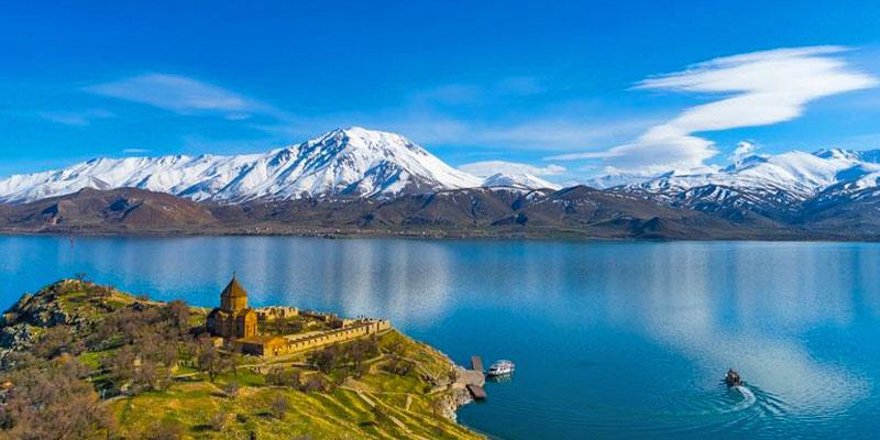 دریاچه وان ترکیه، دومین دریاچه بزرگ در خاورمیانه