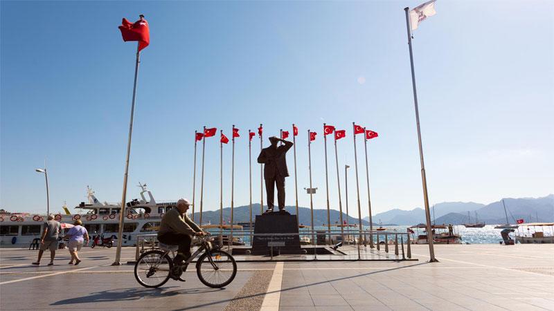 دوچرخه سواری در مارماریس، ورزش و سرگرمی در کنار سواحل مارماریس