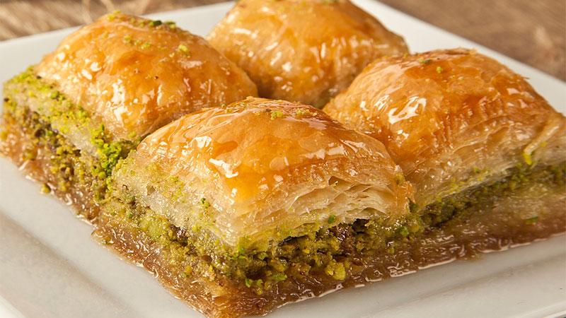 سوغات خوراکی استانبول، باقلوای استانبولی یک از خوشمزه ترین سوغات استانبول ترکیه