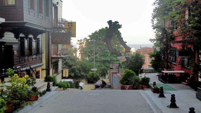 تاریخچه خیابان لونت استانبول